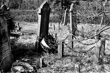 HVB FO 00735  Graven met graftrommels