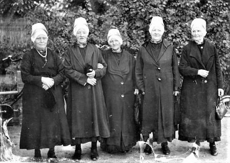 HVB FO 00771  Vijf dames met hulletjes, 1937